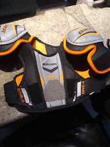 Shoulder pads Bauer Youth small