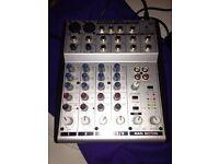 Behringer mixer UB802