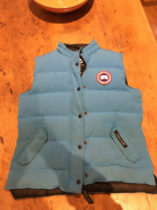 Canada Goose Women's Freestyle Vest Blue Outlet