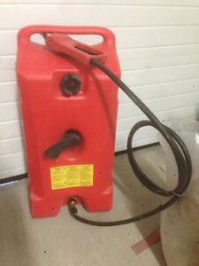 Large gas can with pump