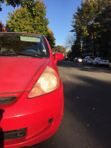 Honda Fit 2007 - AC, powered windows, winter tires, remote contr