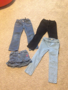Lot of clothing for Toddler girl ( 5T )