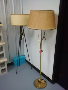 Retro/Folkart Lamps & Lamp Shades