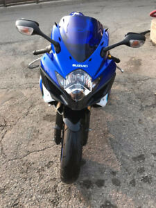 BEAUTIFUL 2006 GSX-R 600