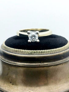 14k Yellow Gold 0.30ct SI-2 G-H Colour Diamond Solitaire Ring