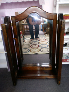 Solid wood free standing 3 sided mirror