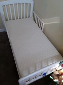 Toddler Bed & Bedding