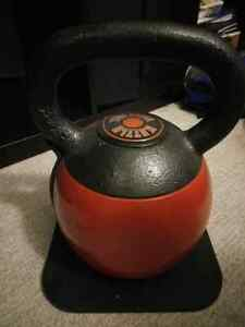 Stamina adjustable 16 to 36lb adjustable kettlebell