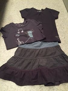 Two tops with skirt SZ 4/5