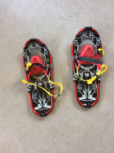 Childrens snowshoes