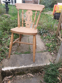 Solid pine dining chairs x4