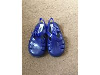 Baby jelly shoes size 3