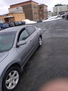 08 Nissa altima  2.5s more pictures to come upon request that is