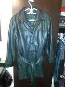 Large (12-14) to XL. Womens Danier Leather Jacket