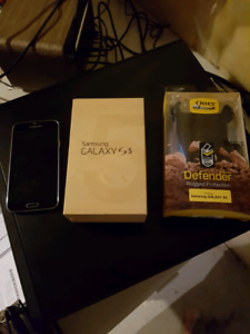Samsung Galaxy S5 with Otterbox $190