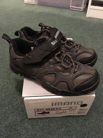 Shimano Women's Cycling Shoes Size 4