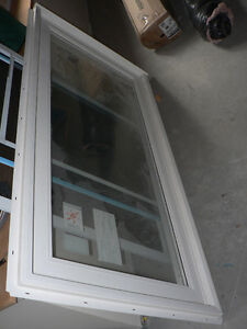 "KV Casement Window 30""x60"" (Opens right)"