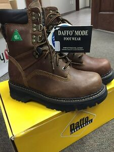CSA Daffo safety boots sz 7 mens Kitchener / Waterloo Kitchener Area image 1
