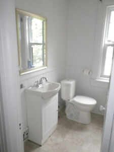MAY-AUGUST 4 BEDROOM HOUSE FOR RENT