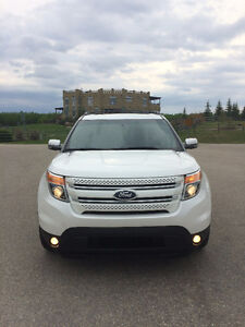 2011 Ford Explorer Limited / Spotless Condition / Private Sale