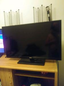 32' rca flat screen