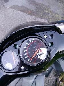 Aprilia SR50 2015 3442km fille proprio.