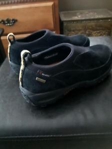 Merrell  womens boots new