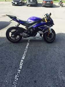 ** Must See** 2013 Yamaha R6 with 4800kms