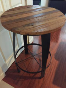 Patio Bar Table - NEW