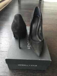 Beautiful Black Designer High Heel Shoes Size 7 - $50