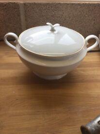 Soup tureen Heron Cross Pottery