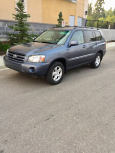 2005 Toyota Highlander SUV, Crossover (Low Mileage)