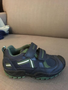 Geox Kids size 10 never used