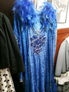 125 Costumes for sale