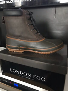Duck boots for men, size 15