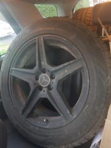 Mags Mercedes AMG 19po avec pneus d'hiver neufs