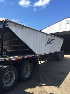 2011 Lode King 36' Grain Trailer