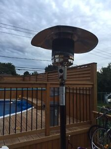 Outdoor Propane heater with tank and cover