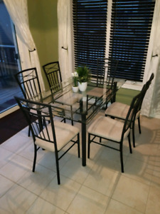 Glass Dining Room Table - Excellent Condition!!!
