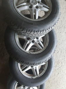 Honda CRV 15 inch winther tires on mags