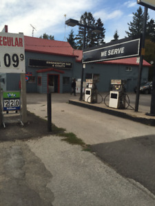 GAS STATION WITH PROPERTY/CONV STORE+++