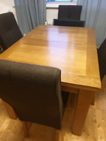 Solid Oak Dining Table/ 4 Chairs