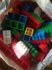 Children's Plastic blocks