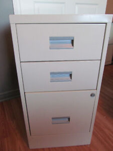 3-DRAWER FILING CABINET WITH HANGING FILE FOLDERS