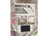 iPhone 4s on Vodafone16GB very good condition