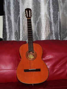SPANISH GUITAR FOR SALE NEW PRICE