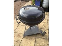 Webber style charcoal BBQ