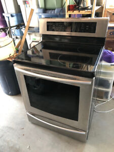 Samsung Induction Stove/range FOR PARTS ONLY
