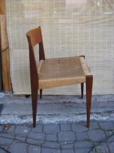 une chaise teck danois PIA Poul cadovius teak