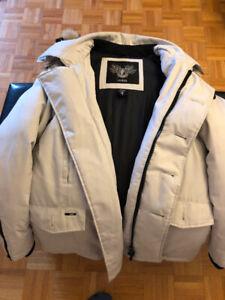 beau manteau de qualité Nobis grandeur Small/blanc
